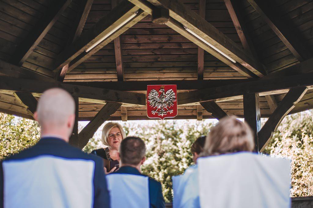 Ślub cywilny w plenerze Polska