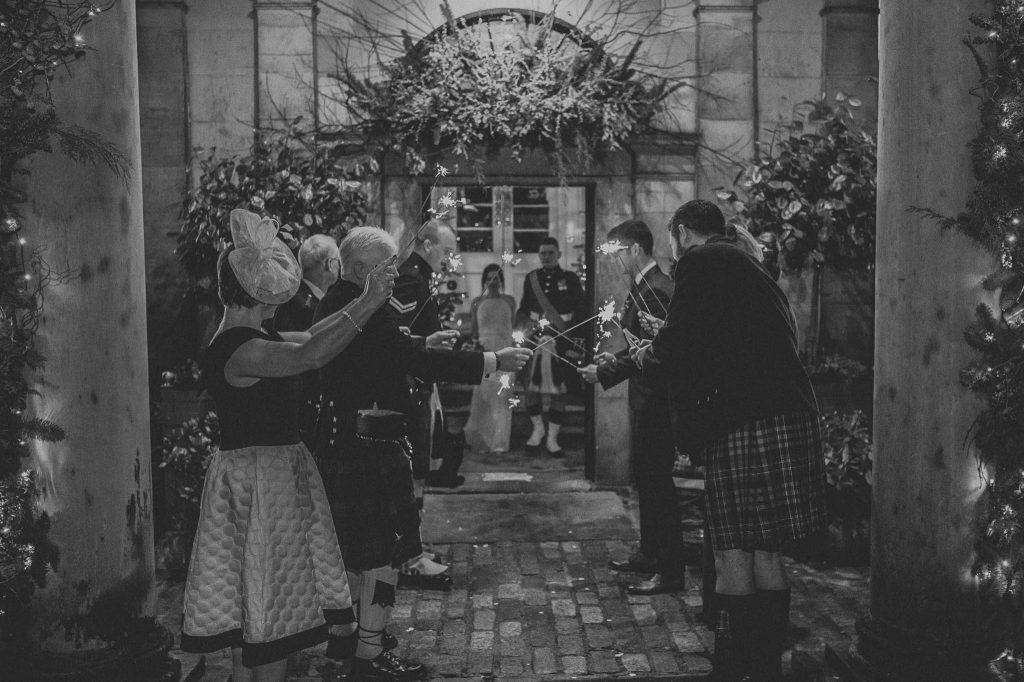 Zimne ognie w dniu ślubu