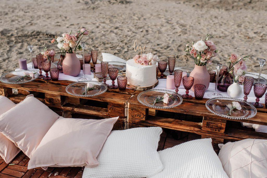 Dekoracje weselne nad morzem w Polsce