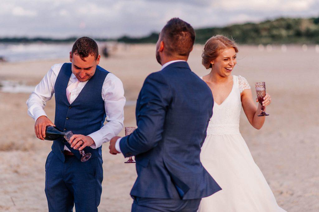 Przyjęcie weselne na plaży w Jelitkowie