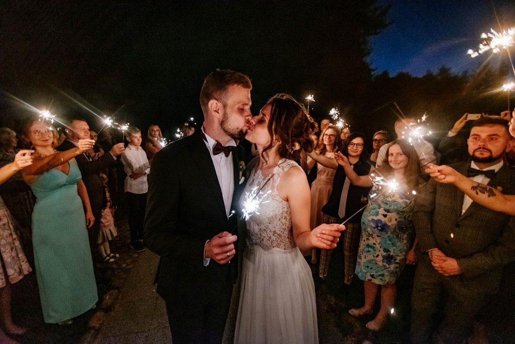 Karczma Swojak wesele po kaszubski i z zimnymi ogniami