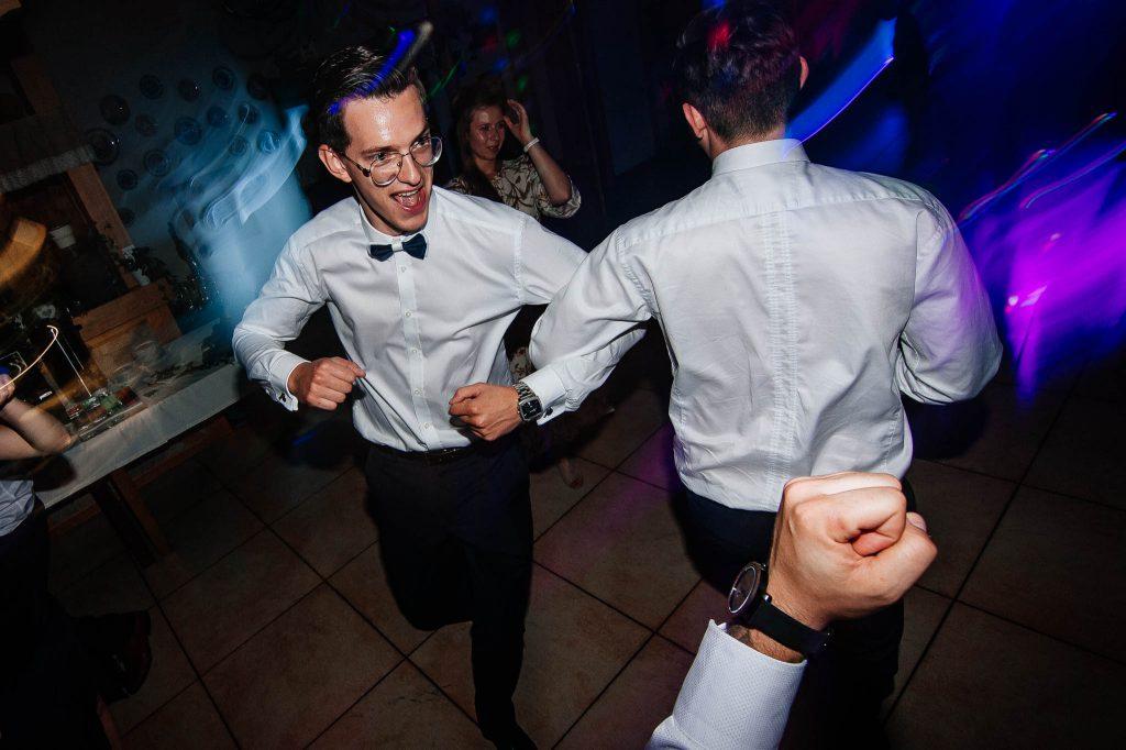 Tańce na zabawie weselnej