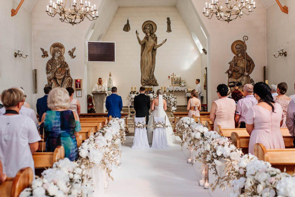 Ceremonia ślubna w kościele katolickim