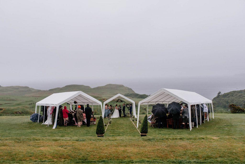 Plenerowy ślub na Wyspie Mull w Szkocji