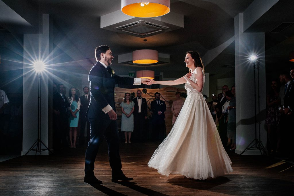 Pierwszy taniec pary Młodej w Villa Leśne Ustronie