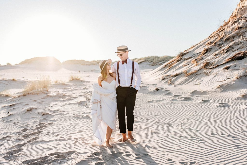 Zdjęcia ślubne z sesji na wydmach
